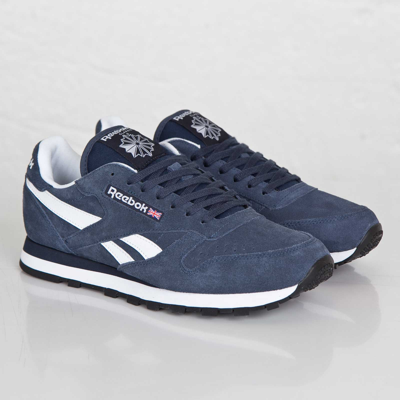 8bb23f2f86aa9 where to buy reebok cl leather suede dark blue 0526f f060f