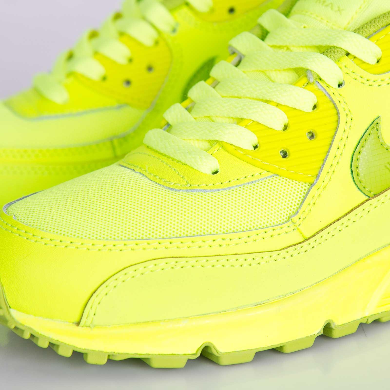 ... Nike Air Max 90 (GS) ...