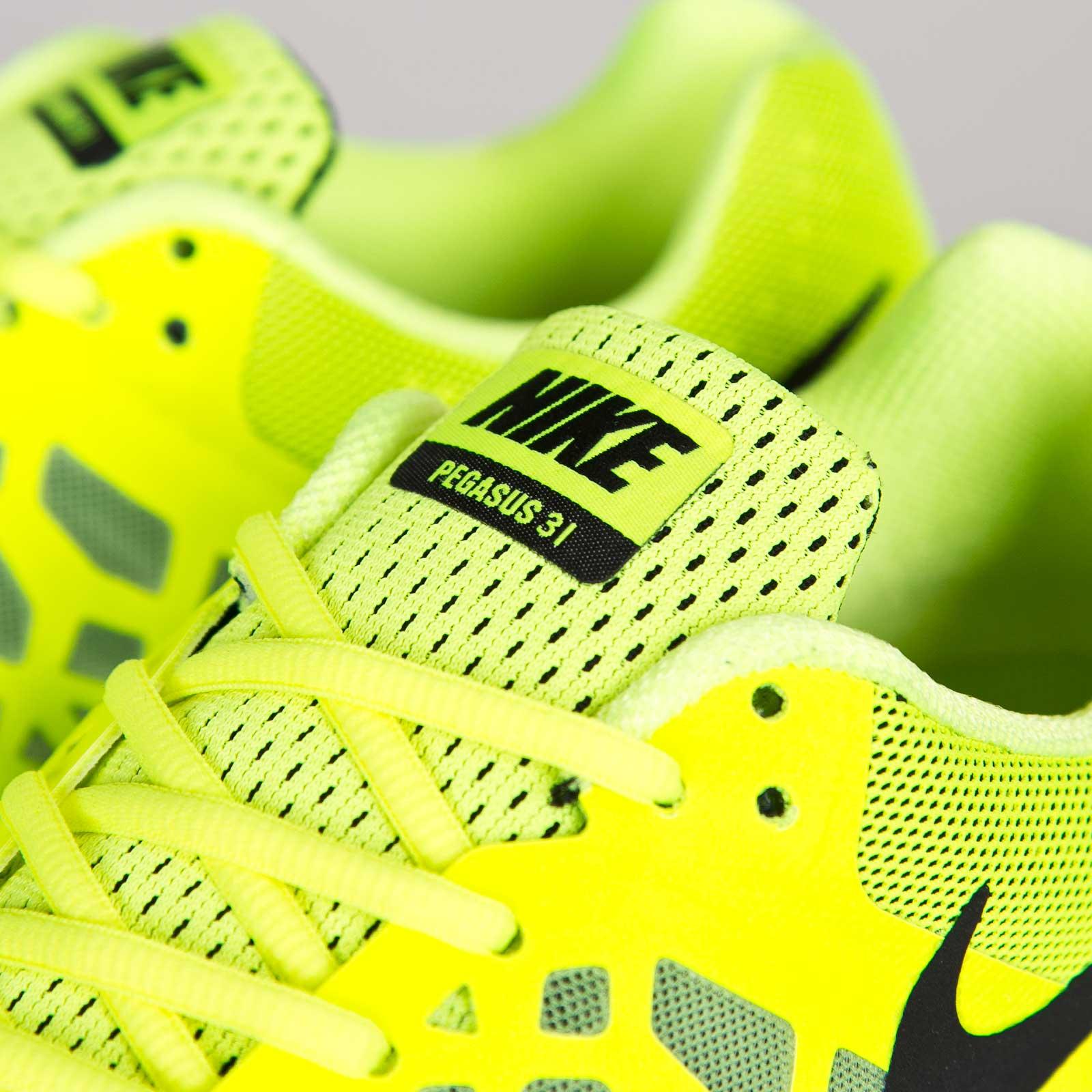 first rate 8bf57 93727 Nike Zoom Pegasus 31 - 652925-700 - Sneakersnstuff   sneakers   streetwear  online since 1999