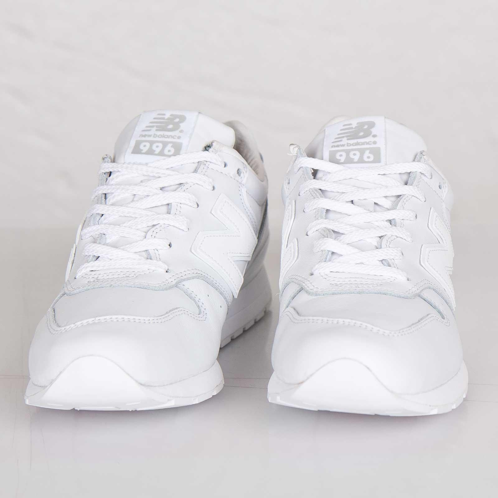 chaussure homme new balance blanc