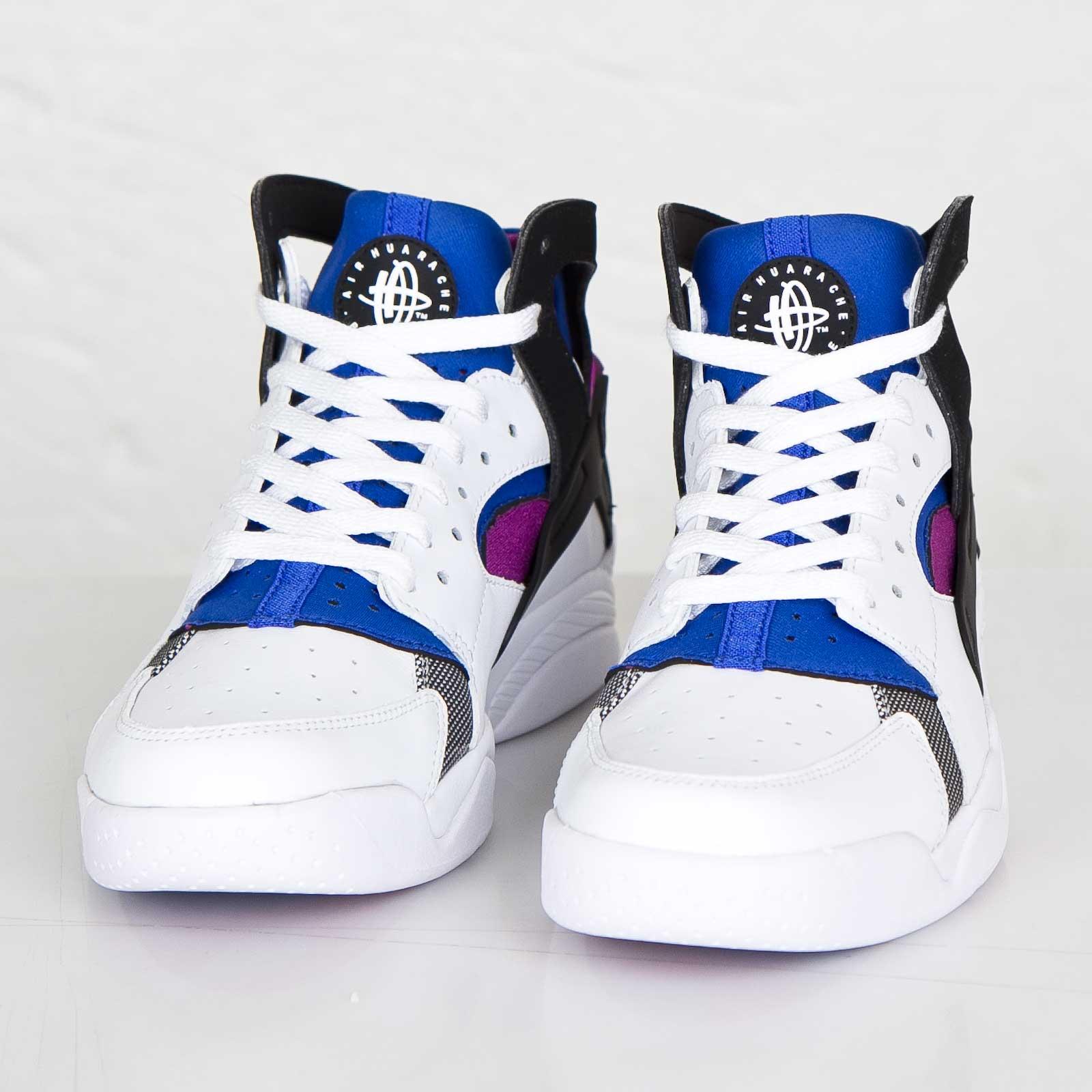 official photos 828cf df886 Nike Air Flight Huarache Prm QS - 686203-100 - Sneakersnstuff | sneakers &  streetwear online since 1999