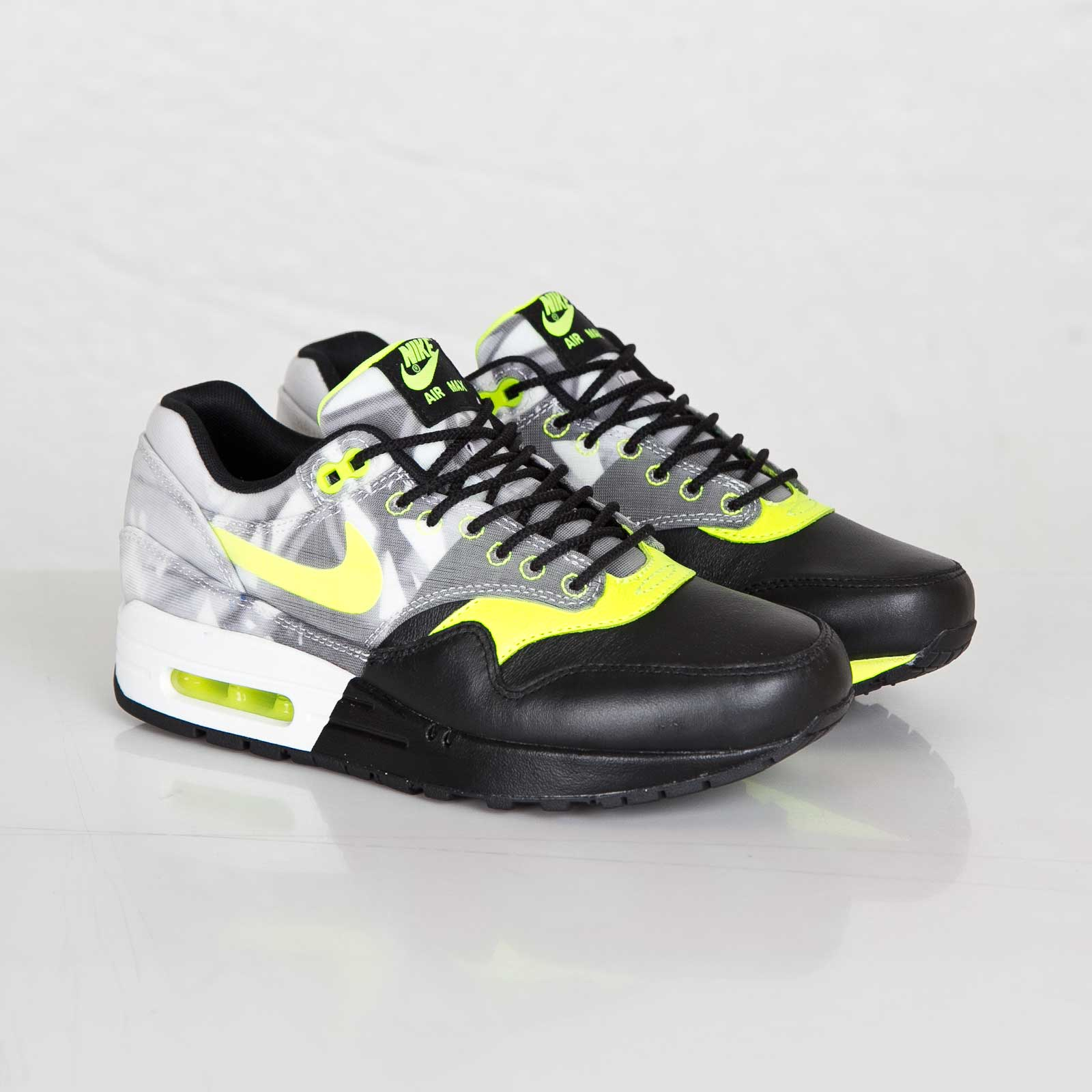 best service bb0d6 3c812 Nike Wmns Air Max 1 FV QS