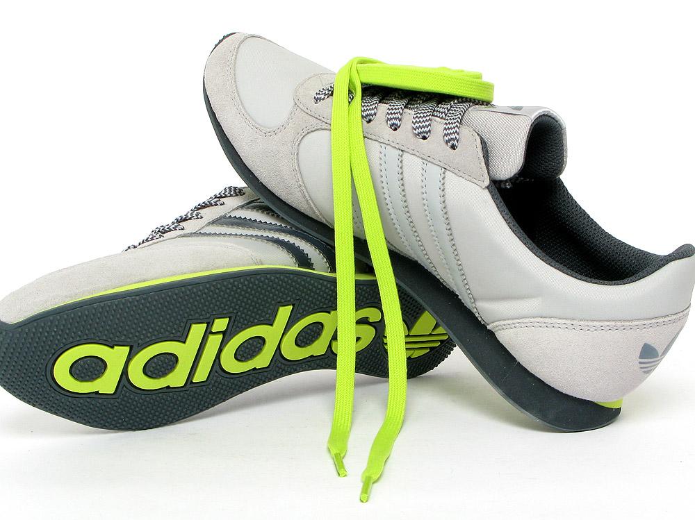 finest selection ef9fe 9508a adidas Lady Runner W - 82683 - Sneakersnstuff   sneakers   streetwear  online since 1999
