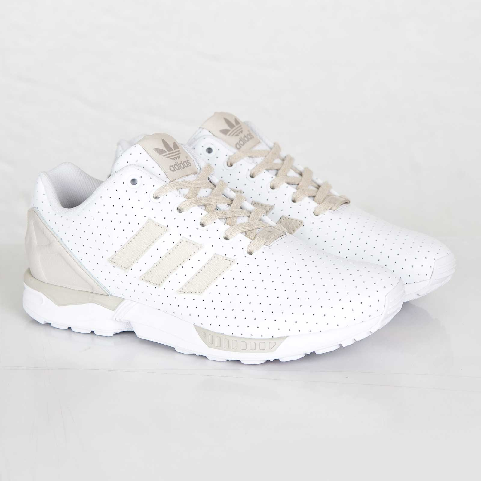 ADIDAS ZX FLUX Article no. B25763 FTW WhiteClear BrownLight brown Unisex SNS
