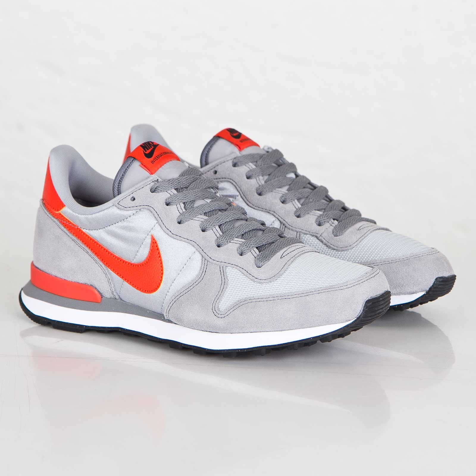 wholesale dealer ee9b9 c5a04 get nike internationalist fa9cf 142e7