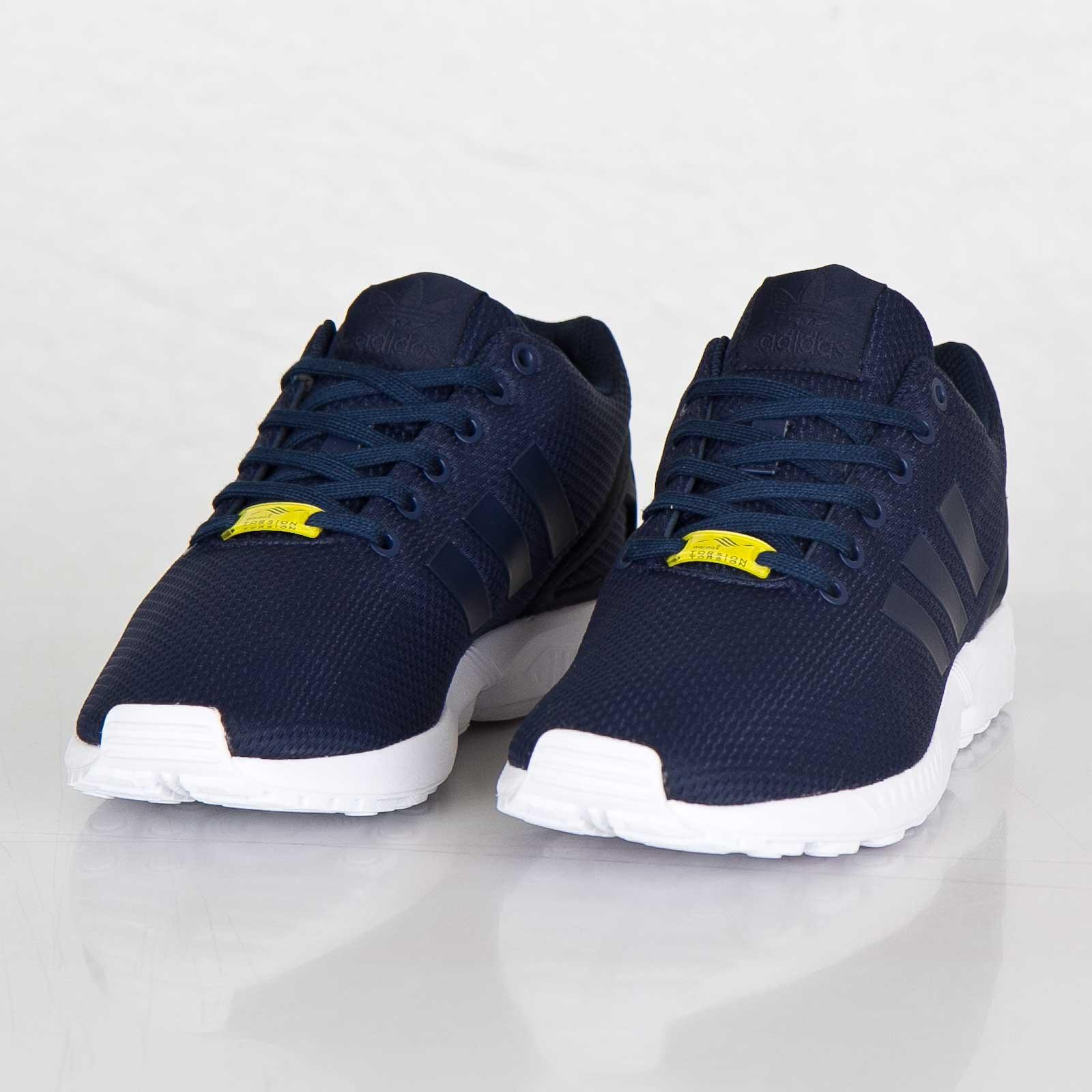 new concept 52a5a be8cd adidas ZX Flux - M19841 - Sneakersnstuff   sneakers   streetwear online  since 1999