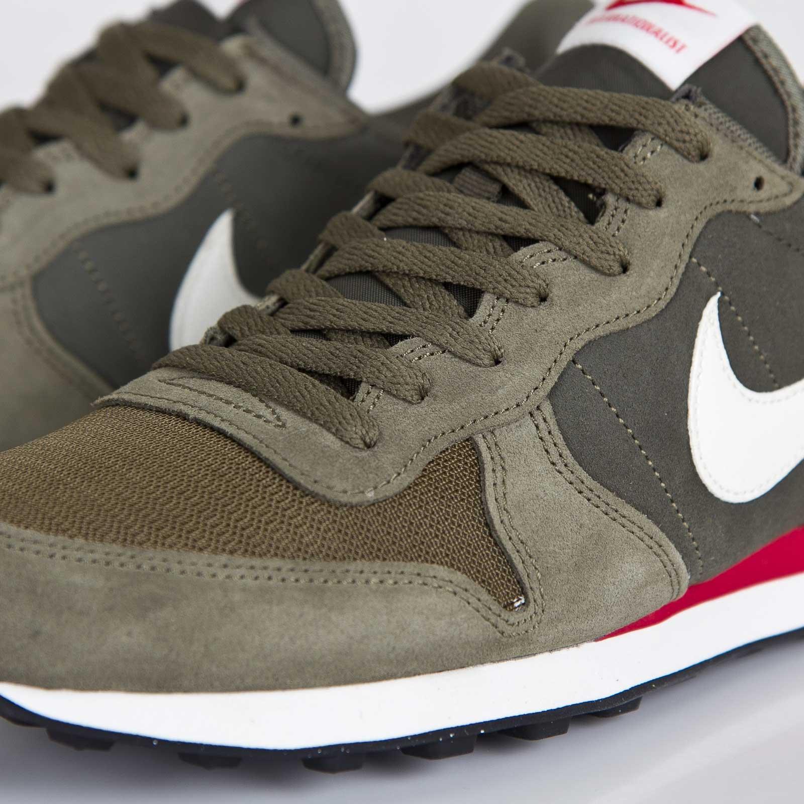 timeless design 3cb41 245f3 ... Nike Internationalist Leather ...
