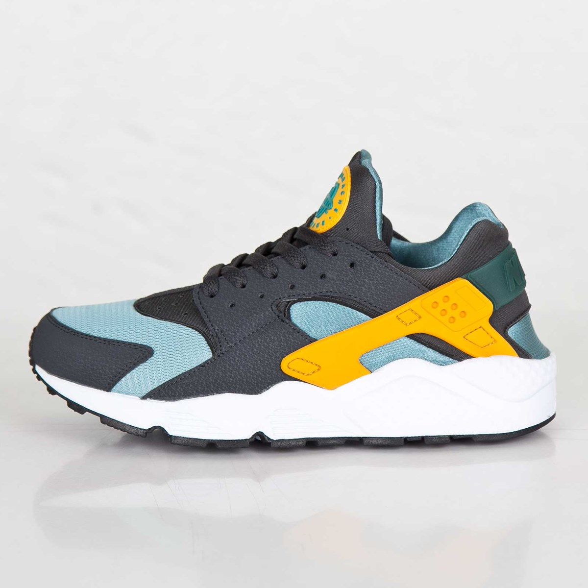outlet store 0f0d7 48acf Nike Air Huarache - 318429-307 - Sneakersnstuff | sneakers & streetwear  online since 1999