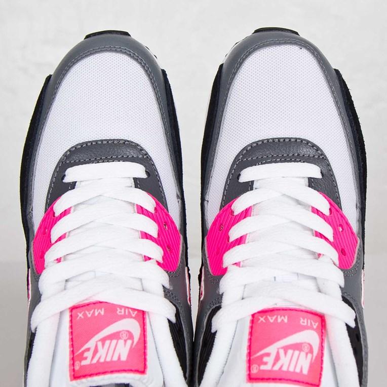 Nike Wmns Air Max 90 Essential 616730 101 Sneakersnstuff