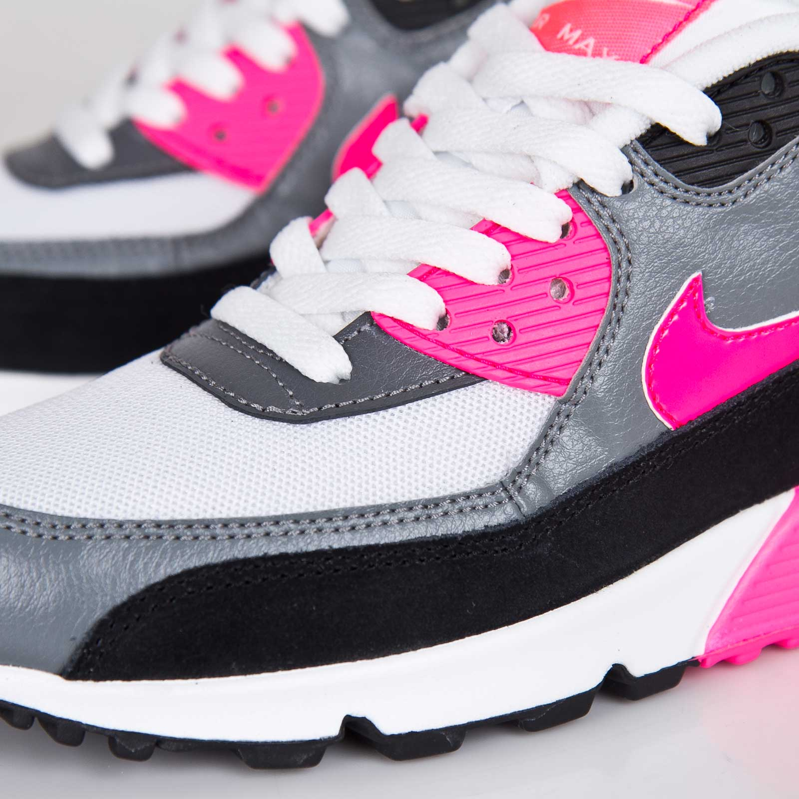 the best attitude 59012 0dda7 Nike Wmns Air Max 90 Essential - 7. Close