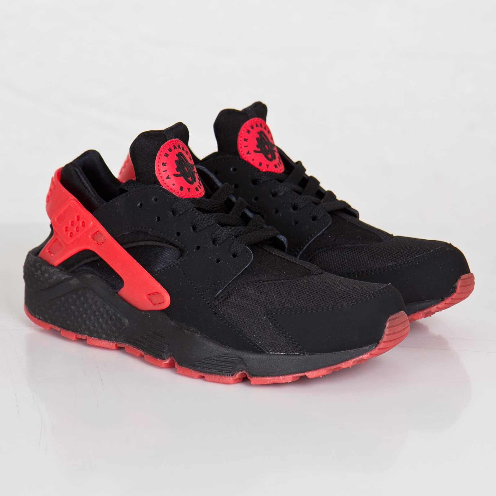 innovative design 2498f 372e1 Nike Air Huarache QS
