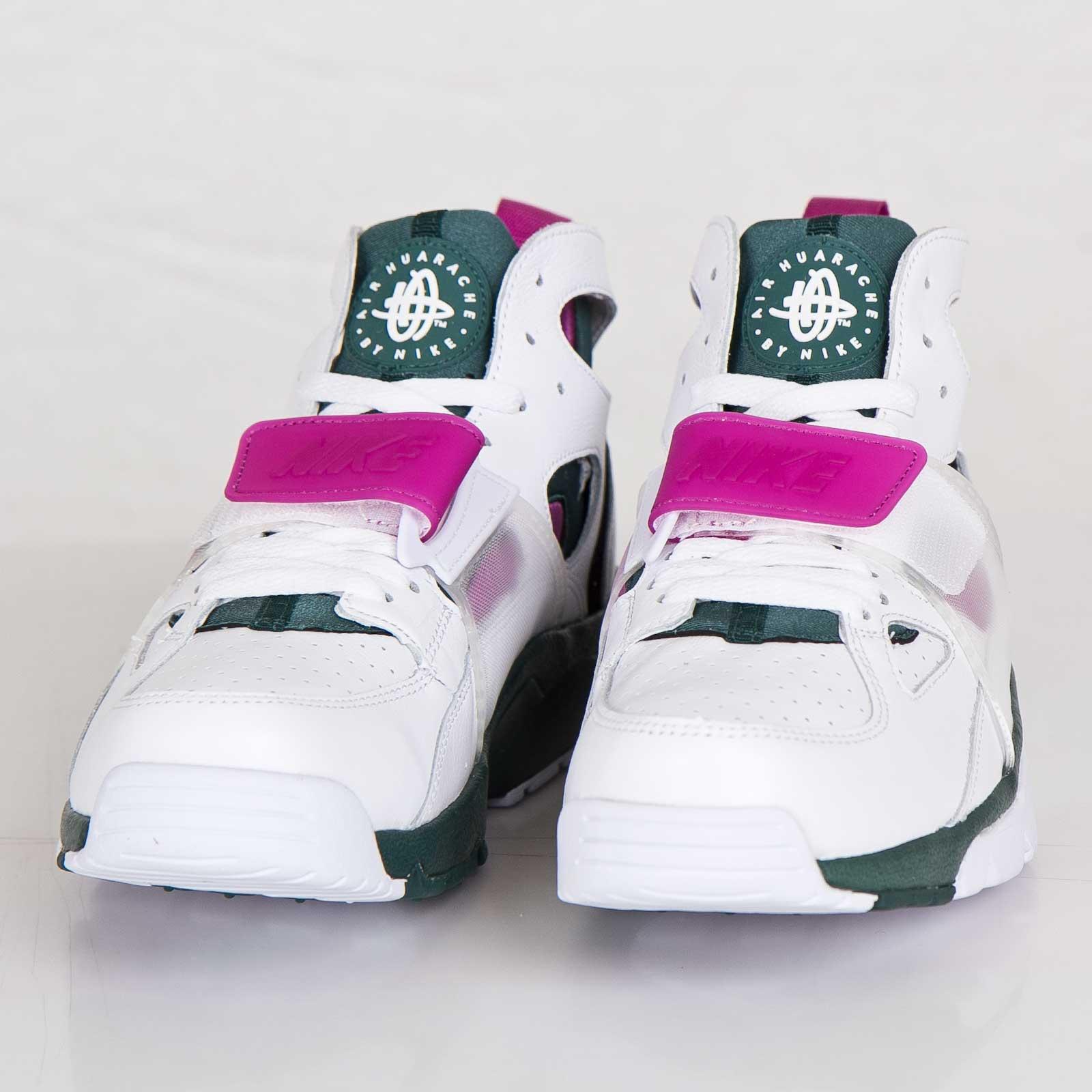 quality design fbafc da386 Nike Air Trainer Huarache Premium QS - 647591-100 - Sneakersnstuff    sneakers   streetwear online since 1999