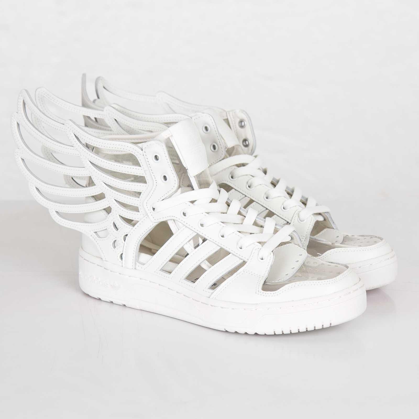 adidas JS Wings 2.0 Cutout - M29012 - Sneakersnstuff  5ddb7f0f5c8d